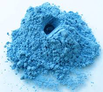 Голубая глина маски дял волос