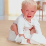 Как помочь ребенку при запоре